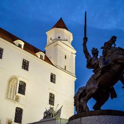 statue castle