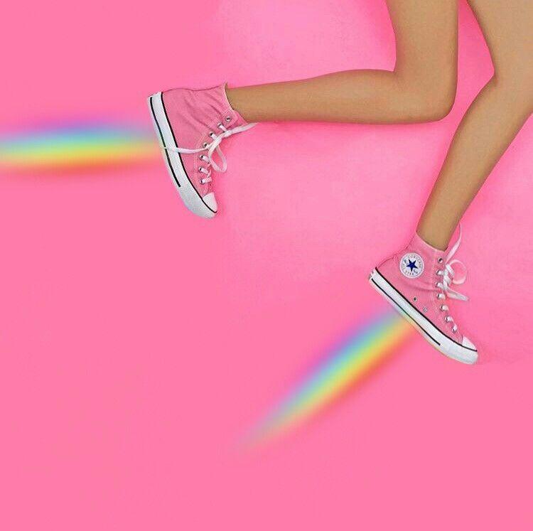 f7a8dd77693f  FreeToEdit  rainbow  converse  trainers  star Instagram  candela fiorini
