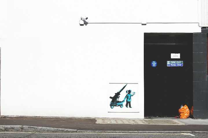 minimal minimalism keepitsimple negativespace streetphotography
