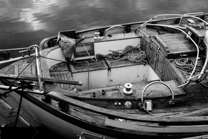freetoedit boat blackandwhite water sailing